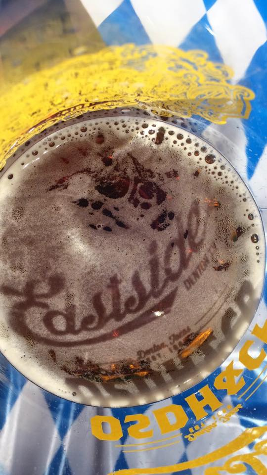 Sometimes, the lighting, the shadows and the beer all coalesce to make one super sweet drink pic. Ask Ray Velazquez. He knows all about it.