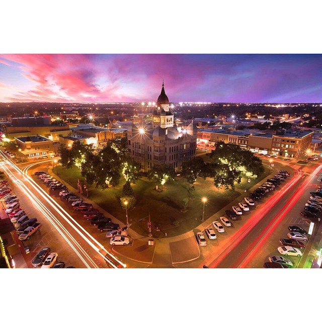 Stephen Masker took this photo of the courthouse at dusk last week.