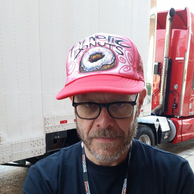 Alton Brown reppin' Hypnotic Donuts.