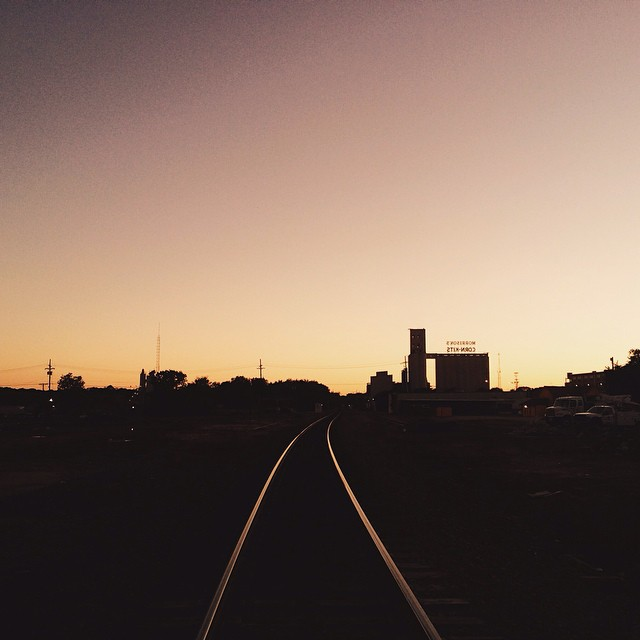 Leading lines and train tracks.