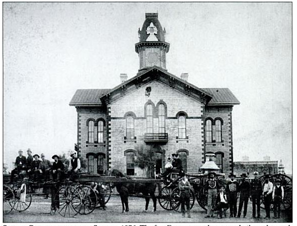 Denton's second courthouse, rebuilt in 1876 after the first was allegedly burned to the ground by Sam Bass' ne'er-do-well pal Henry Underwood.