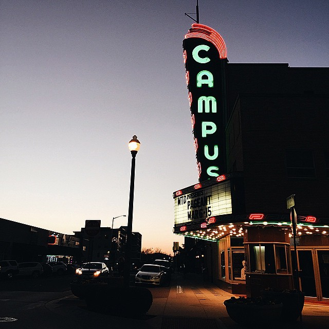 @IanHarber with a great shot of the Campus Theatre at dusk.