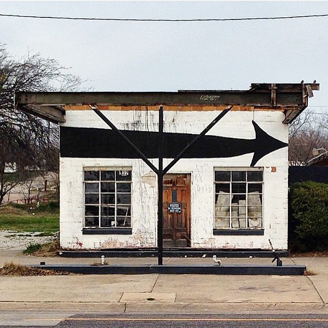 One of our many well-kept buildings in Denton. Photo by @ShopDenton.