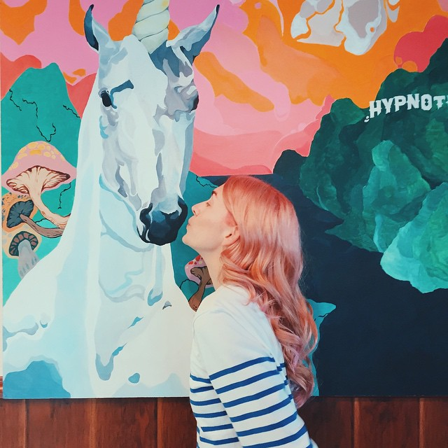 @OliveSimons kissing Hypnotic's donuticorn.