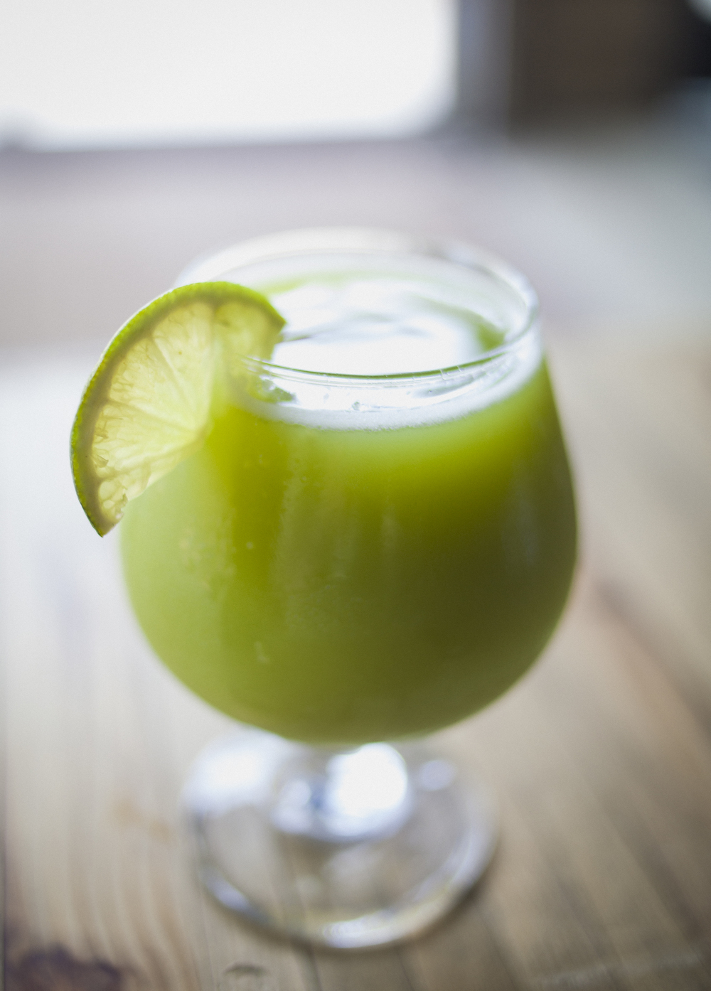 The Shinsen juice is heavy on apples, ginger, and deliciousness.