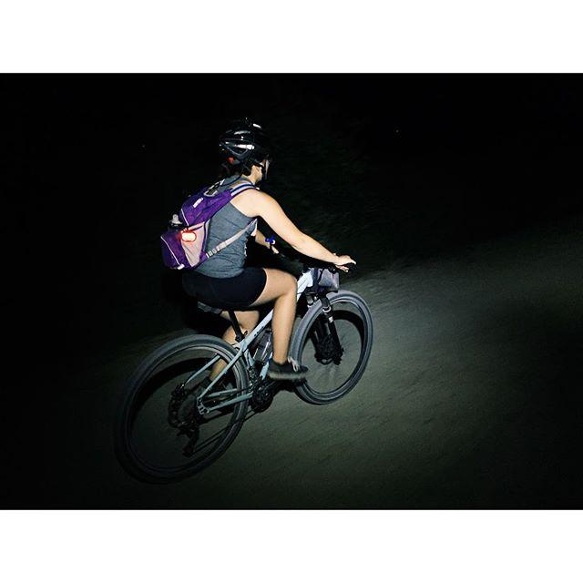 Midnight bike ride from @sretsok.