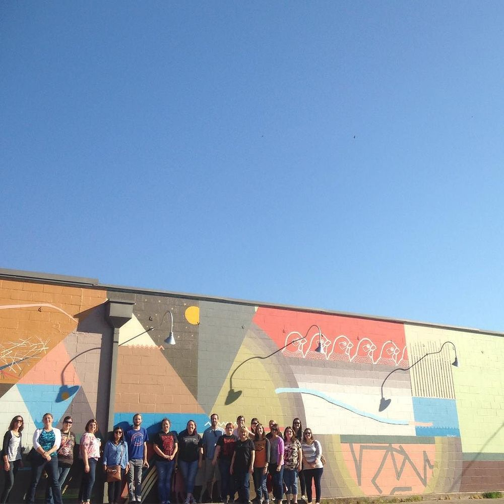 @jodidallas,Mick burson and a whole group on a mural tour of Denton.