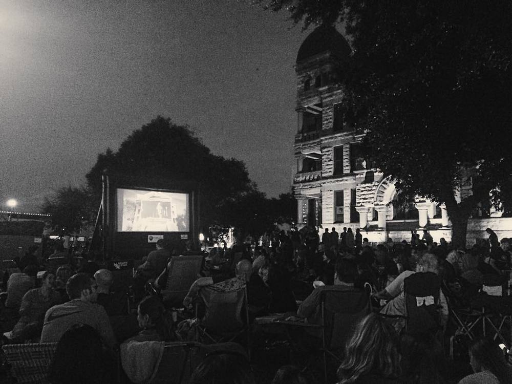Check out all of the people that showed up to the courthouse lawn on for last week's showing of Back to the Future II. Image by @WeDentonDoIt.