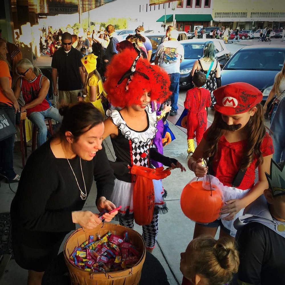Trick or treating on the square last Thursday was such a resounding success that many groups ran out of candy in an hour (or under). Image via @GlenFarris.