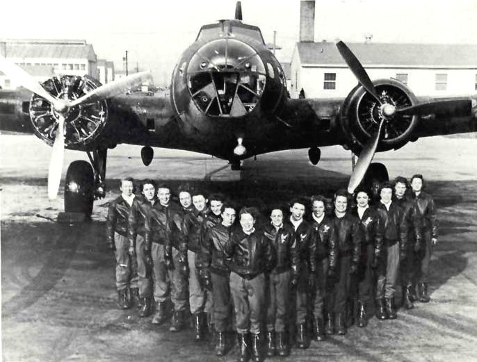 PHOTO: 17 of the 18 WASP B-17 pilots at the Lockbourne AAB in Columbus OH. Photo from  womenofwwii.com.