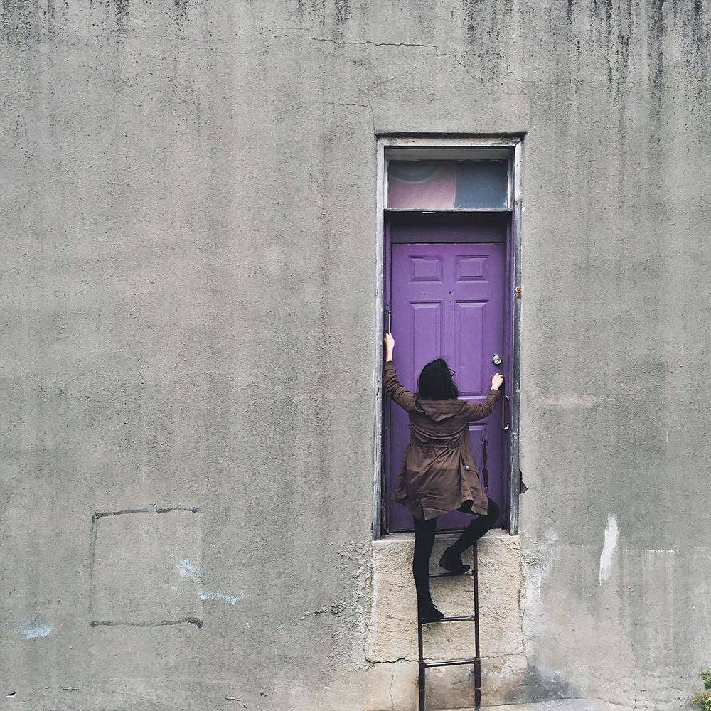 @nikareally with our favorite Denton door.