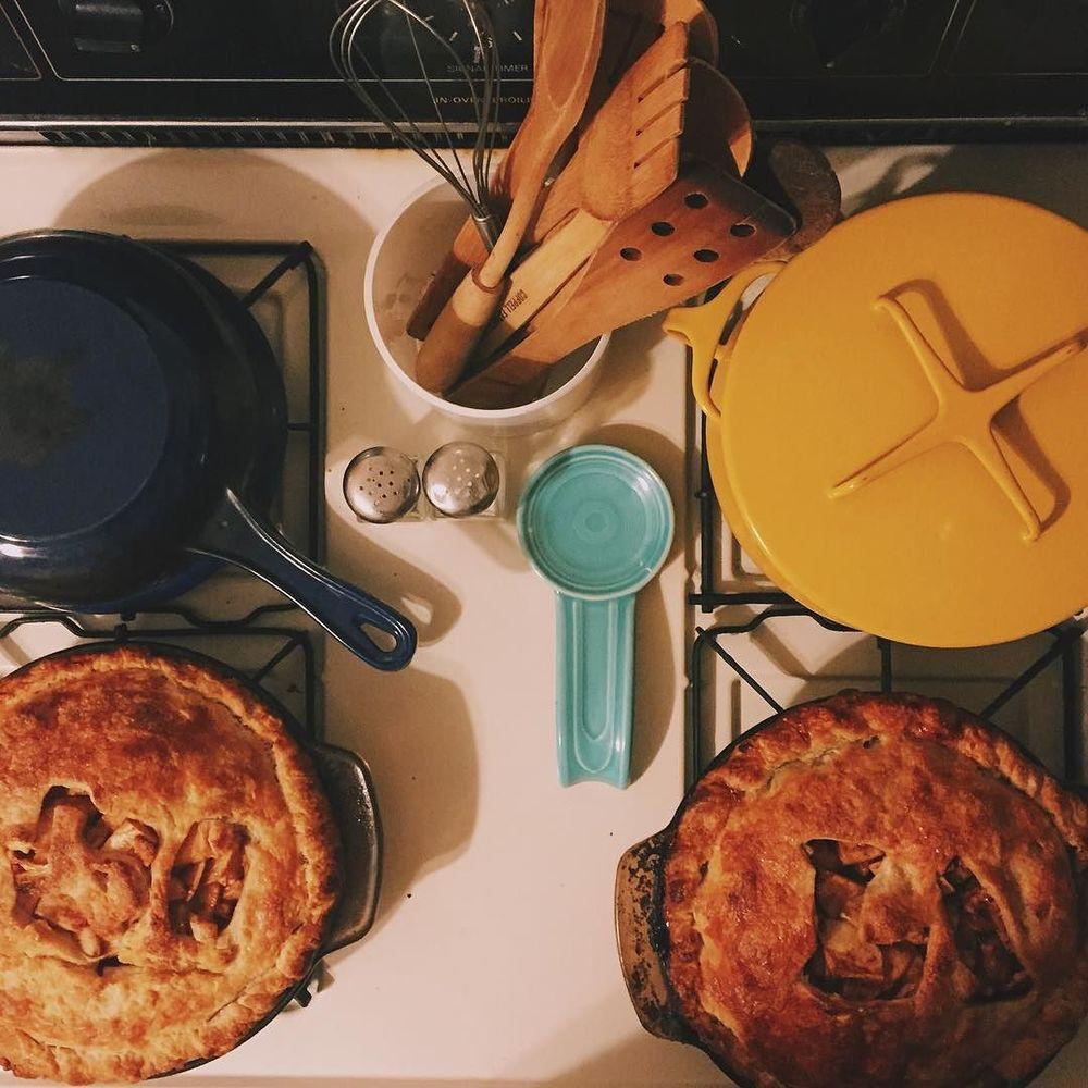 Pie with @olivesimons.