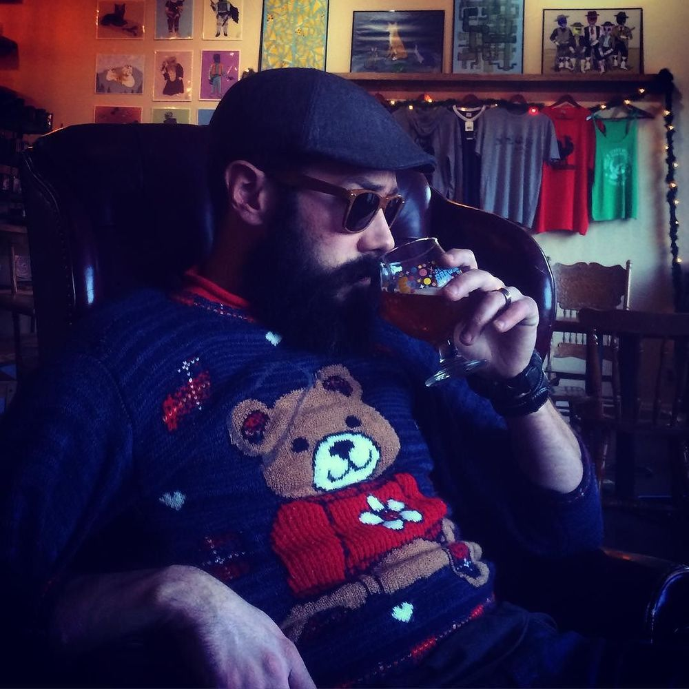 @thebeardedmonk showing off his Christmas sweater.