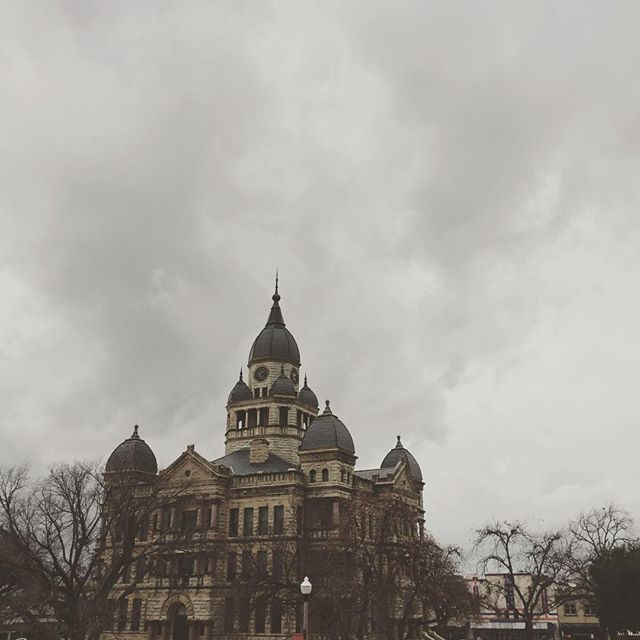 A moody courthouse from @joeymcclellan.