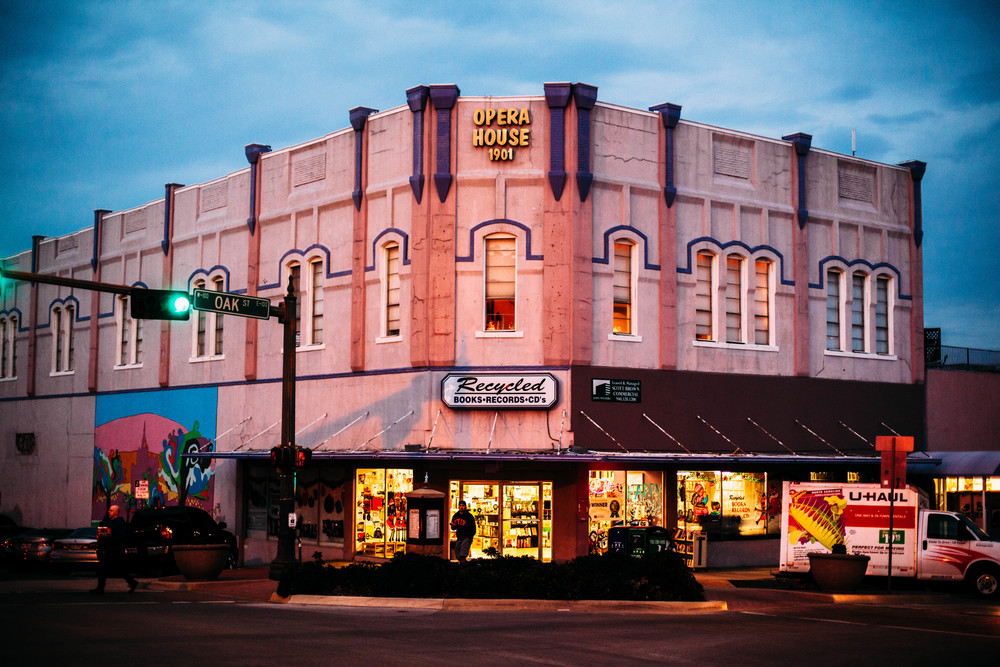 20 interesting things about denton 39 s oldest bookstore we denton do it. Black Bedroom Furniture Sets. Home Design Ideas