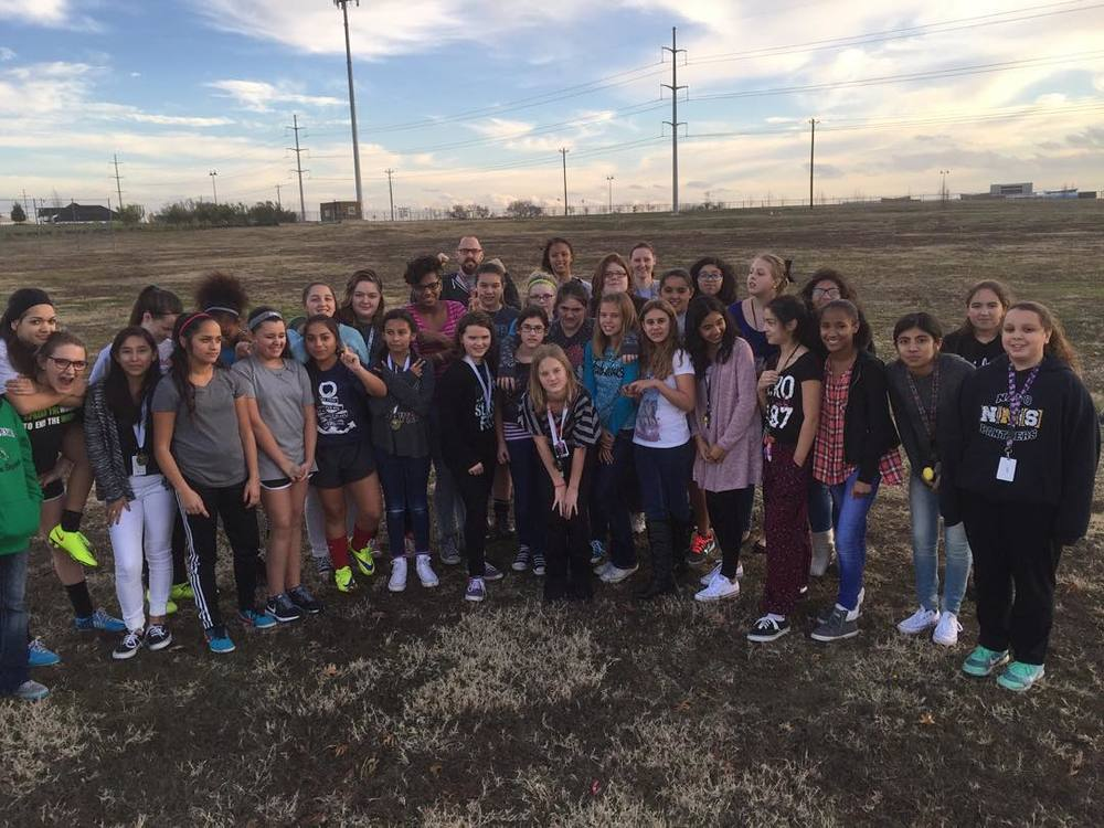Navo Middle School's GOAL group. Photo from @denton_goal.