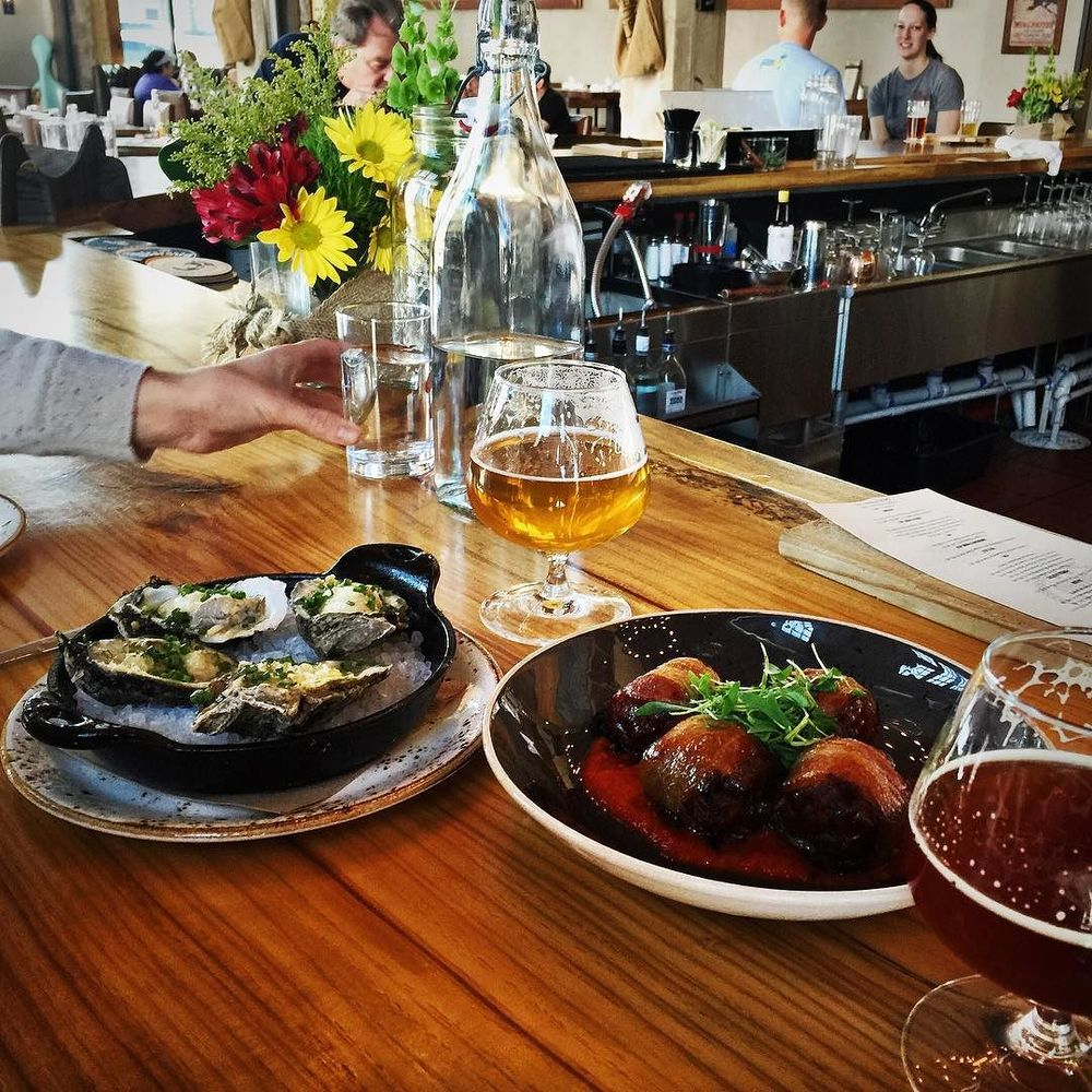 @glenfarris at Barley and Board with some dates,oysters and beer.