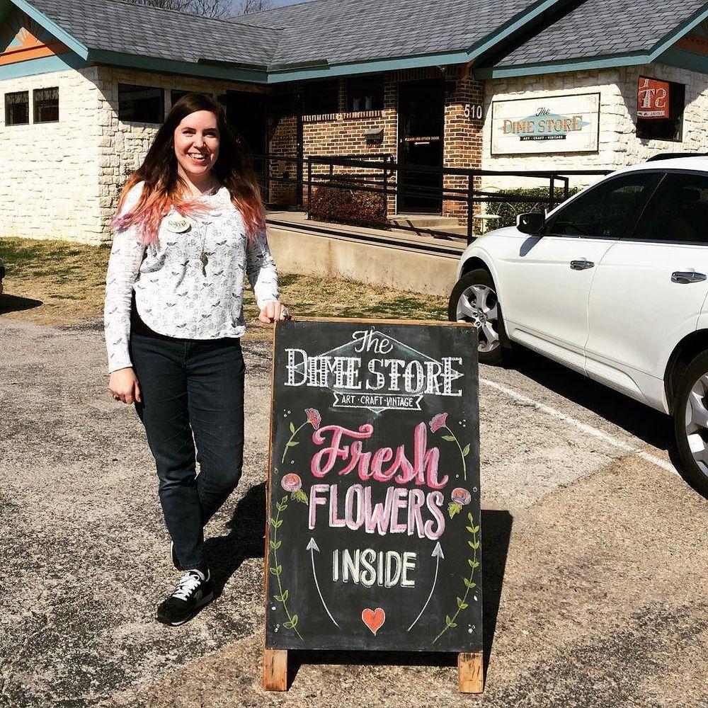 @dimehandmade grabbed this photo of chalkboard master @shawna_tx.