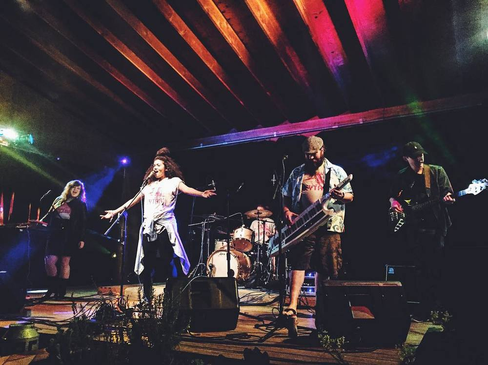 Keytari featuring Dew Drop at Harvest House during 35 Denton. Photo by @liz.wakefield.