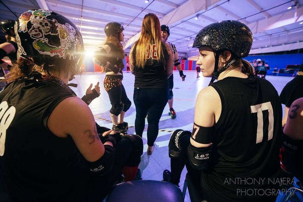 @anthonynajera90 with an intense roller derby shot.