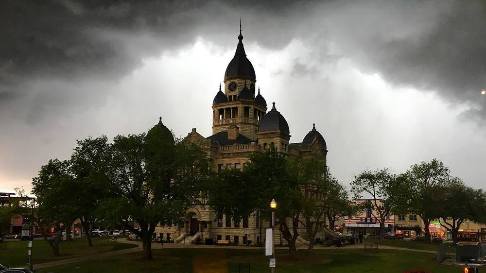 @thedapperbat with a gloomy shot of the courthouse from one of last week's storms.
