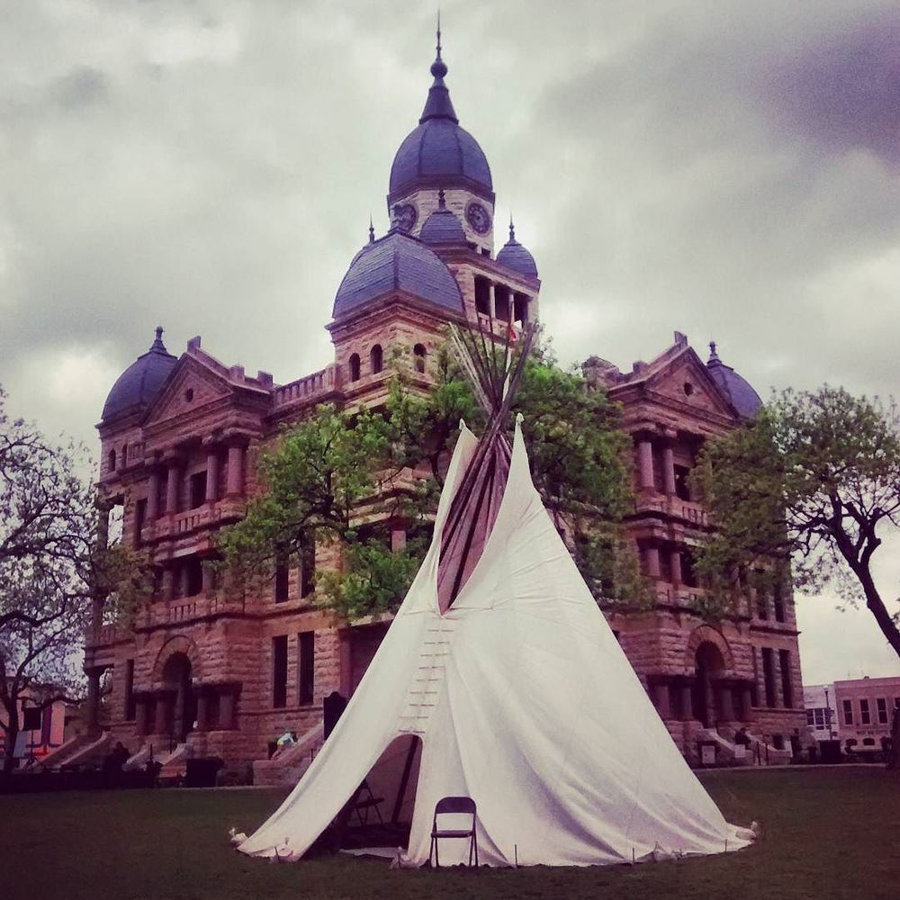 Here's the aforementioned teepee on the square. Photo from @smiles_911.