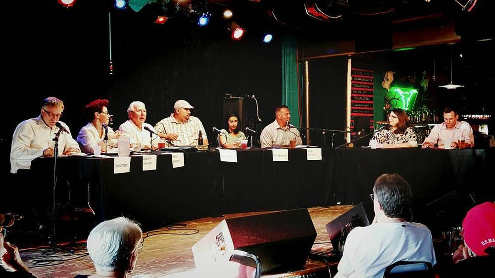 Last week was early voting plus we held a city council forum at Dan's Silverleaf. Have you voted yet? Photo from @peopleofdenton.