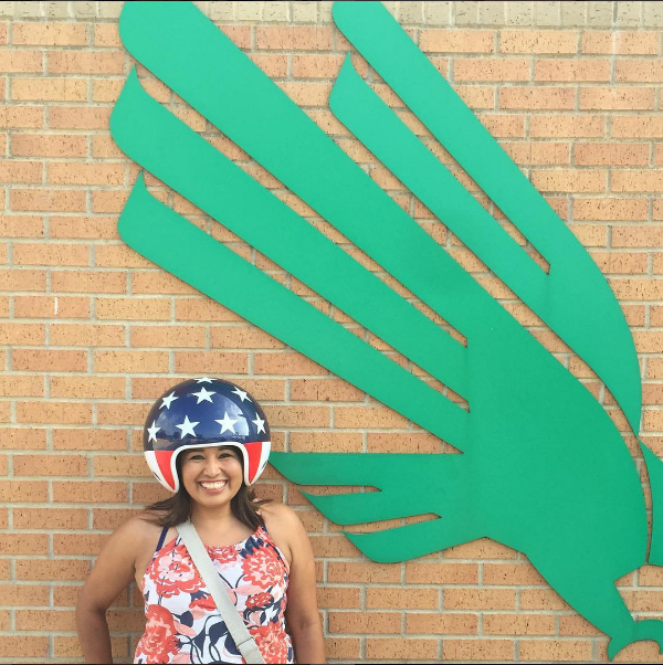 @veronica_n_denton with a helmet that is as patriotic as it is spherical.
