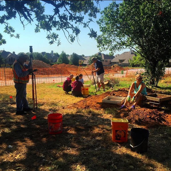 Volunteers hard at work on the Gibson-Grant cabin site in Flower Mound. Photo by @truxtorm. Get more information on this cabin (and the ongoing restoration) here.