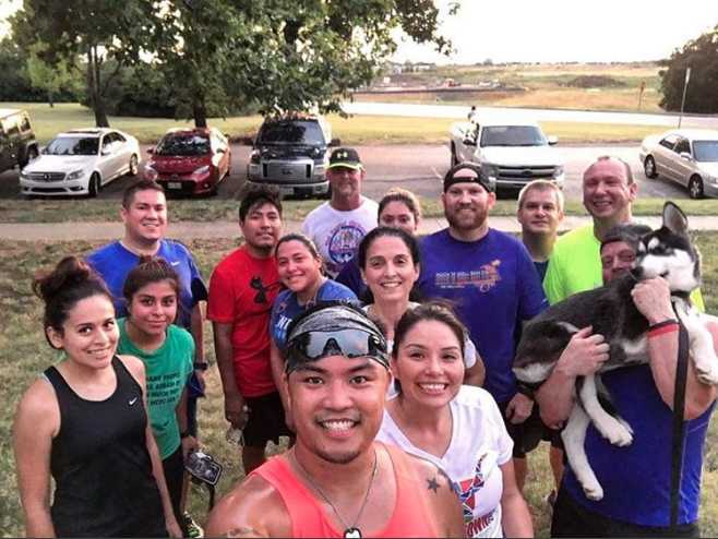 Denton Area Running Club's Tuesday night hill workout group. Photo from @thefinck.