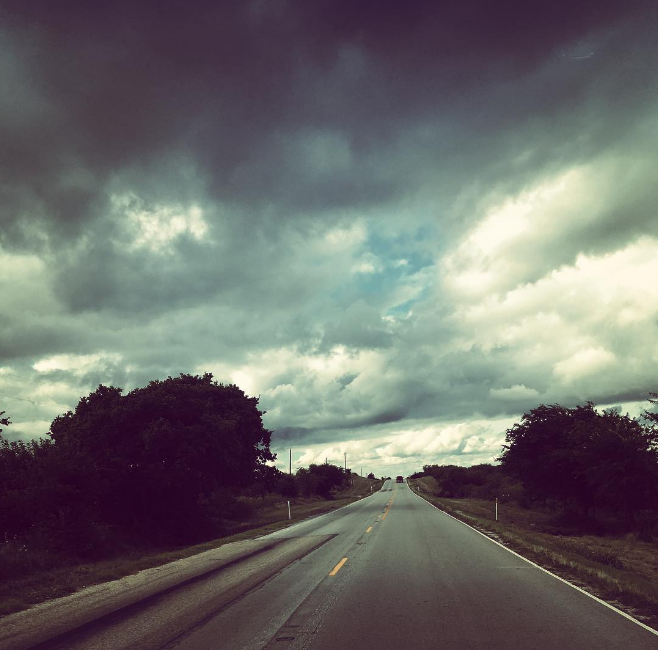 Those times when you're driving and the clouds make it so that you have to stop the car and take a photograph. Photo by @candus813.