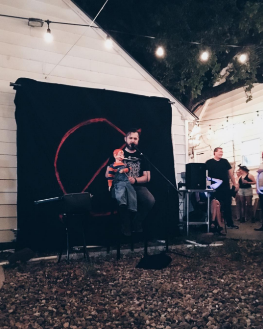 Friday brought Dallas' @NoShowDFW event down to Denton (specifically outside of Killer's Tacos). We checked it out and caught some erotic fan fiction, improv, and ventriloquism. Photo by @wedentondoit.