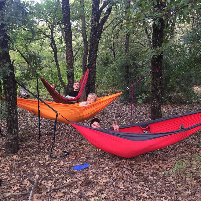 @hanlynne_ and company hammocking with the best of 'em at South Lakes Park.