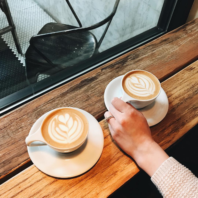 Fall in Denton means coffee at West Oak. Photo by @ianharber.
