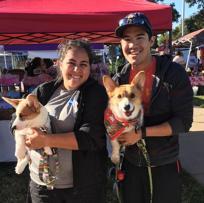 @srirachacorgi with some photogenic corgis at the market this weekend.