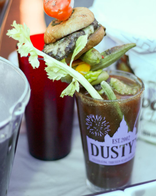 II Charlie's held a local Bloody Mary competition on Sunday. Here's a shot from @jthorntonphotography featuring Dusty's well-adorned bloody mary.