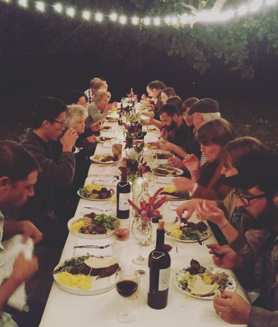The long table at last night's feast at Cardo's Farm. Photo by @hkgregory.