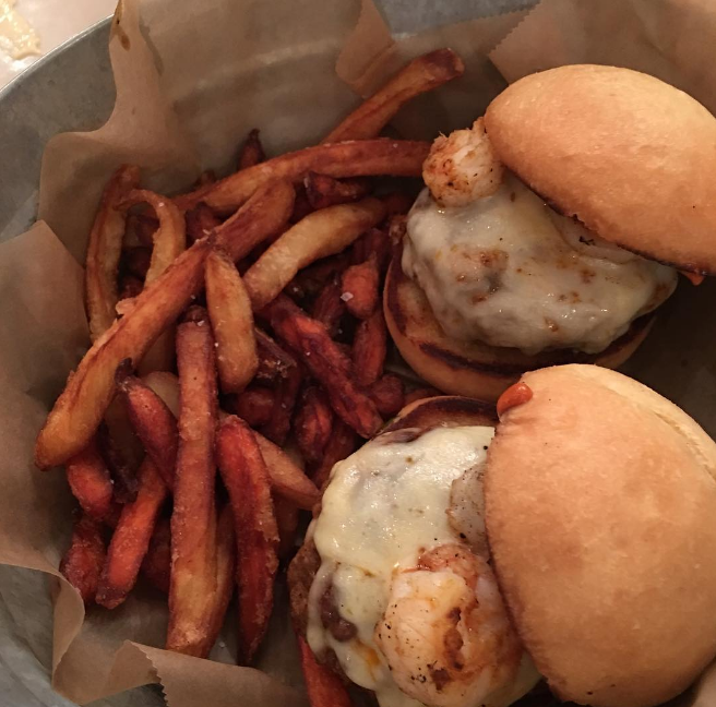 Chorizo-shrimp sliders with carrot and parsnip fries at the recently-rebranded Agua Dulce (formerly Sweetwater). Photo by @vee2daelle. More info on this rebrand can be found here.