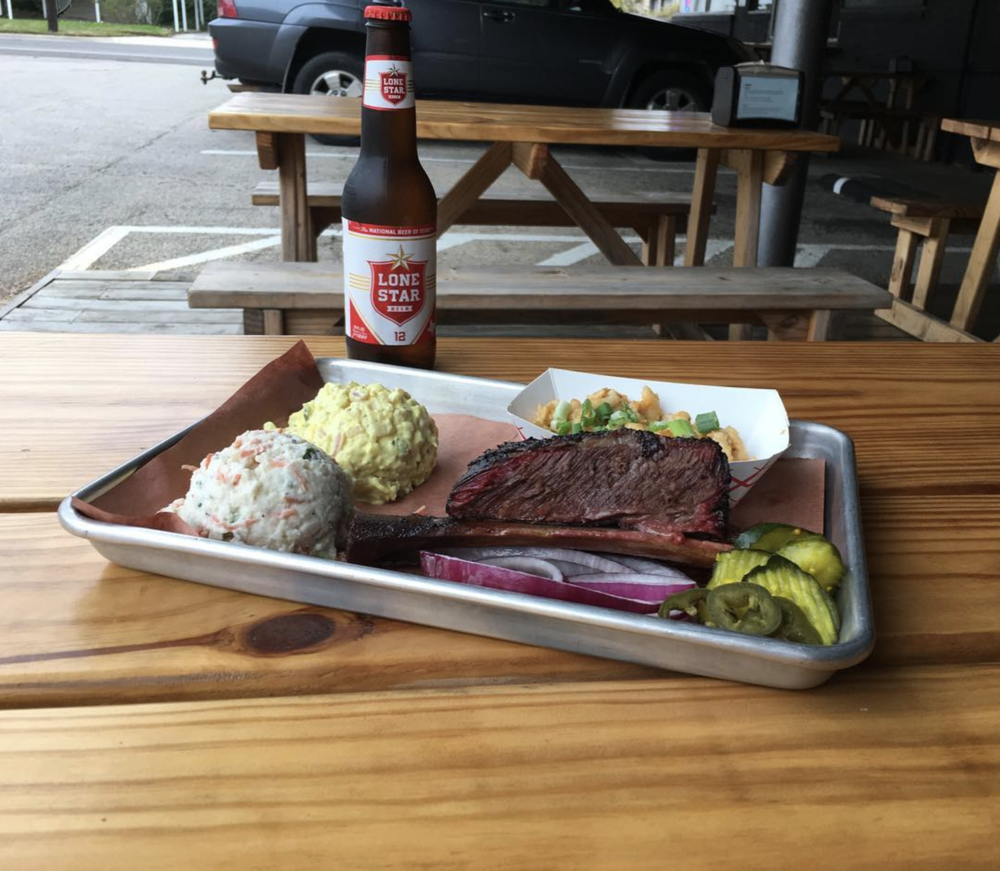Check out this beef rib from @juicypigdenton.