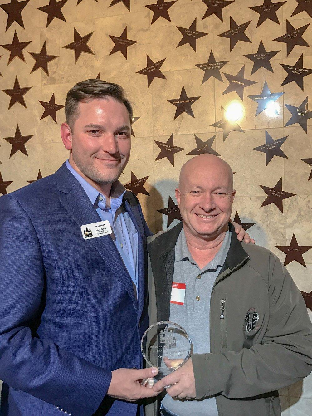 Current Denton MSA President Glen Farris with Outstanding Business Volunteer of the Year Award recipient, Ken Willis.