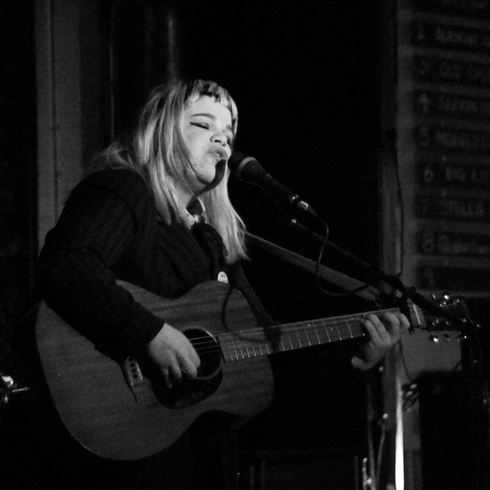 Samantha Crain at Dan's Silverleaf. Photo by @alexandergirl_linda.