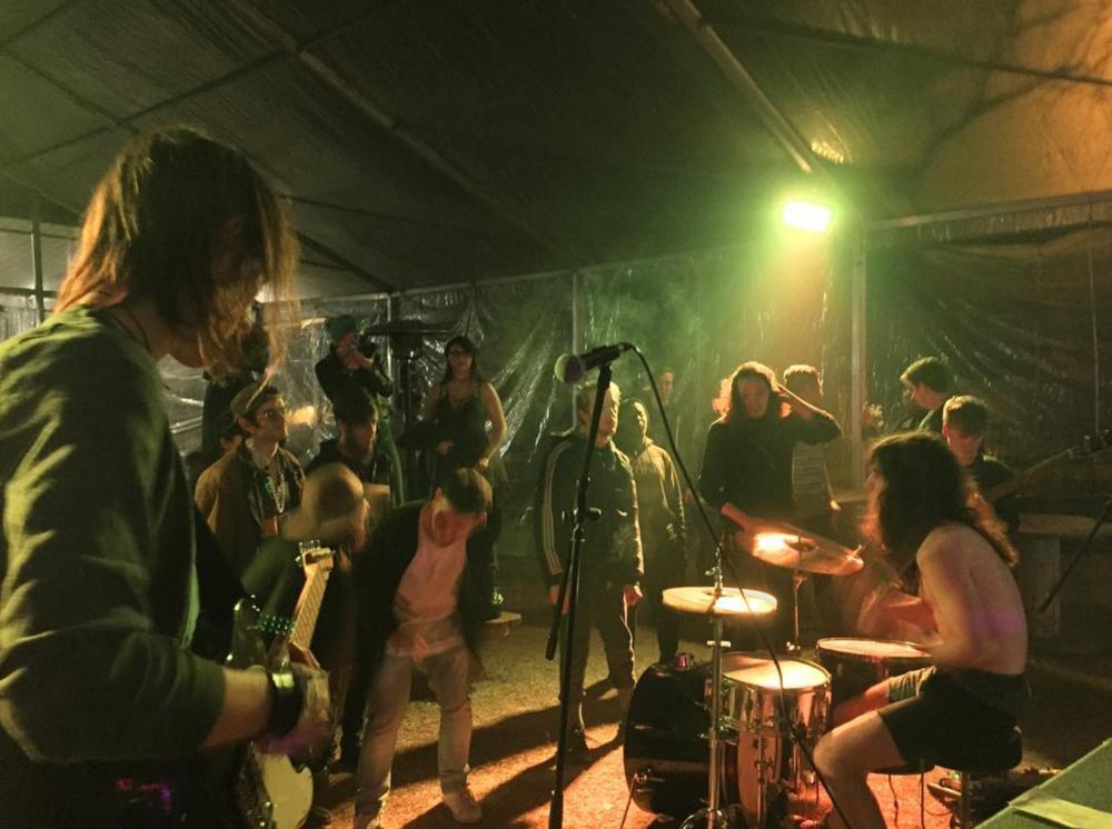 "@iinytheband at Denton's current ""it"" venue,@backyardonbell."