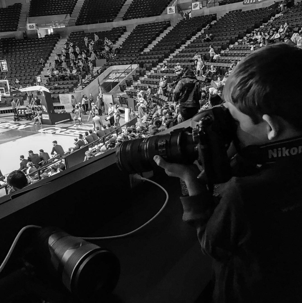 @garypayne putting his kid to work shooting a Mean Green basketball game.