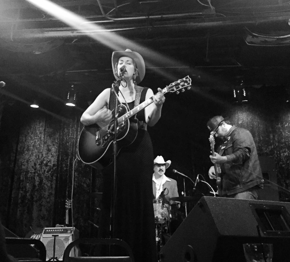 @jamielinwilson playing in Denton last week. Photo by @bigdock.