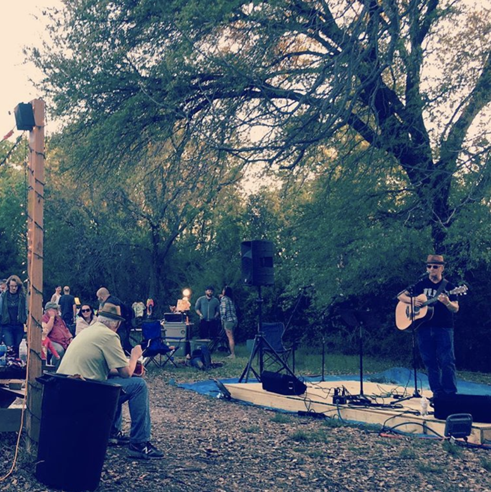 @juliejeffg at this weekend's Denton Folk Festival.