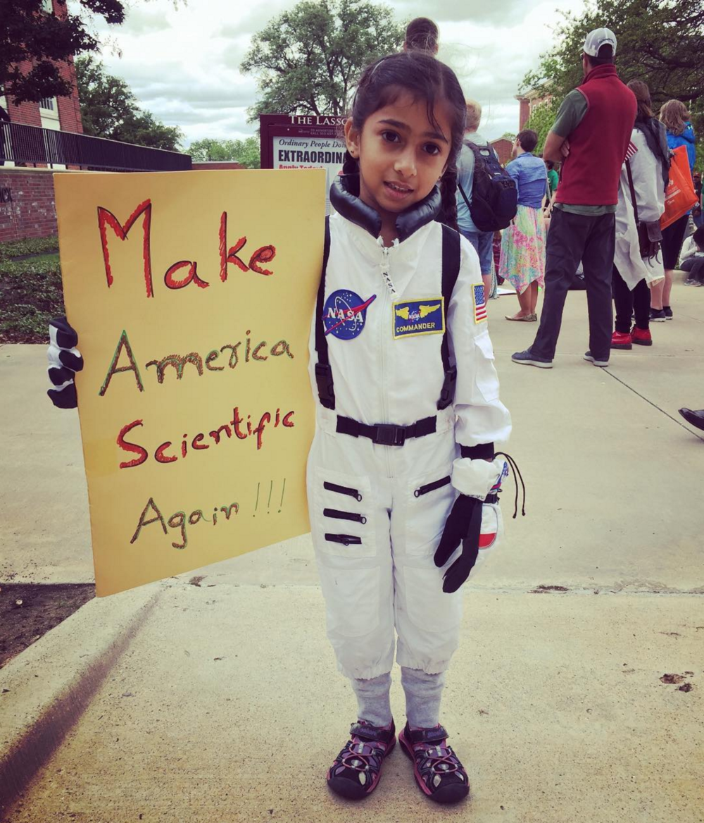 @aereis22 with a photo of a very young astronaut at Saturday's Science March.