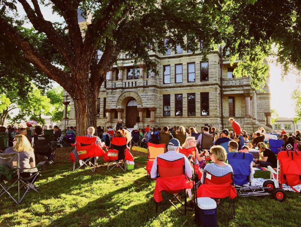 Feeling sad after Arts and Jazz? Don't worry. Twilight Tunes will be around every Thursday for the next few months to help you experience that amazing, community-driven, music experience. Here's a photo of last Thursday's event from @wedentondoit.