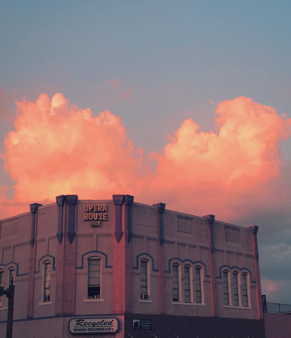 When the clouds match the paint on the Opera House. Photo by @privacyparts.
