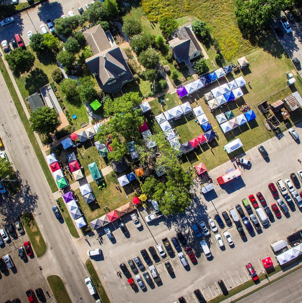 Ever wondered what the Denton Community Market looks like from above? @cybur has ya covered.