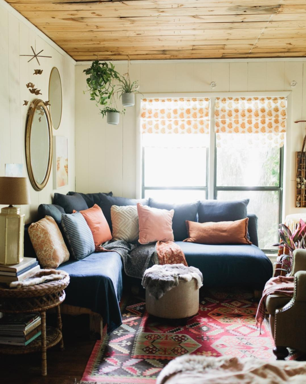 Katie King recently had her home profiled in the design blog, Design Sponge. You can check out the post  here  or her Instagram account, @curatinghome.